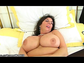 Cougar HD Mammy Masturbation Mature MILF Orgasm Pleasure