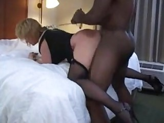 Playing Interracial Amateur MILF