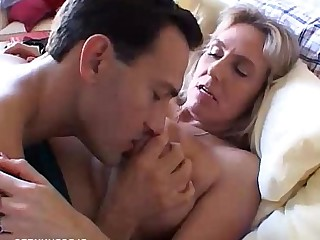 BBW Wife MILF Boobs Mature Mammy Housewife Beauty
