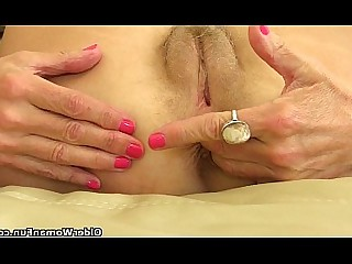 Ass Cougar Fingering Granny HD Mature MILF Prostitut