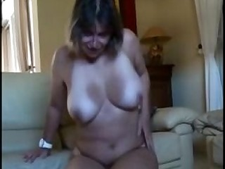 Amateur Big Tits Boobs Bus Hairy Horny Kitty Masturbation