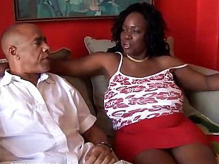 Mammy Mature MILF Sucking Black Wife Bus Busty