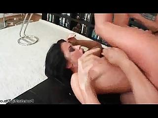 neuken gezichtsbehandelingen dubbele penetratie hardcore warm huisvrouw sappig milf