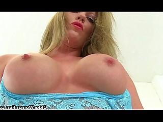 HD Kiss Nipples Stocking MILF Masturbation Mature Angel