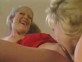 Lesbian Licking MILF Pussy Threesome Hot