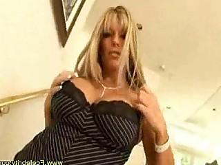 حمار فتاة كبير الثدي أسد امريكي اللعنة جبهة مورو في سن المراهقة